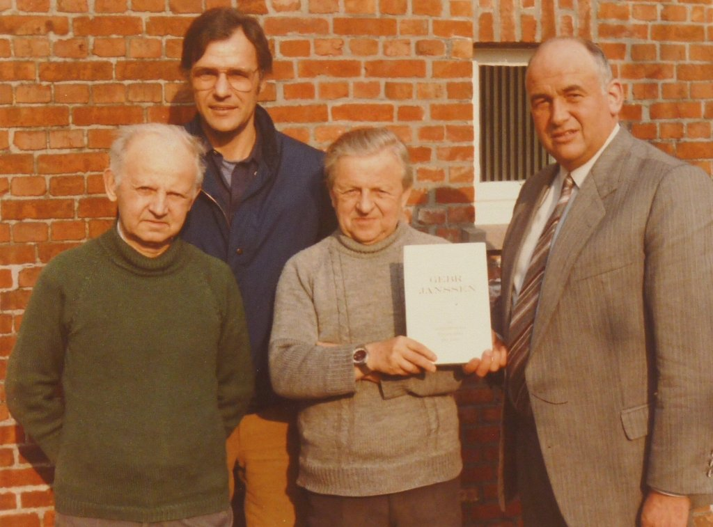 Ad Schaerlaeckens with the Janssen Brothers and R. Hermes, with whom he would publish the famous Janssen book.